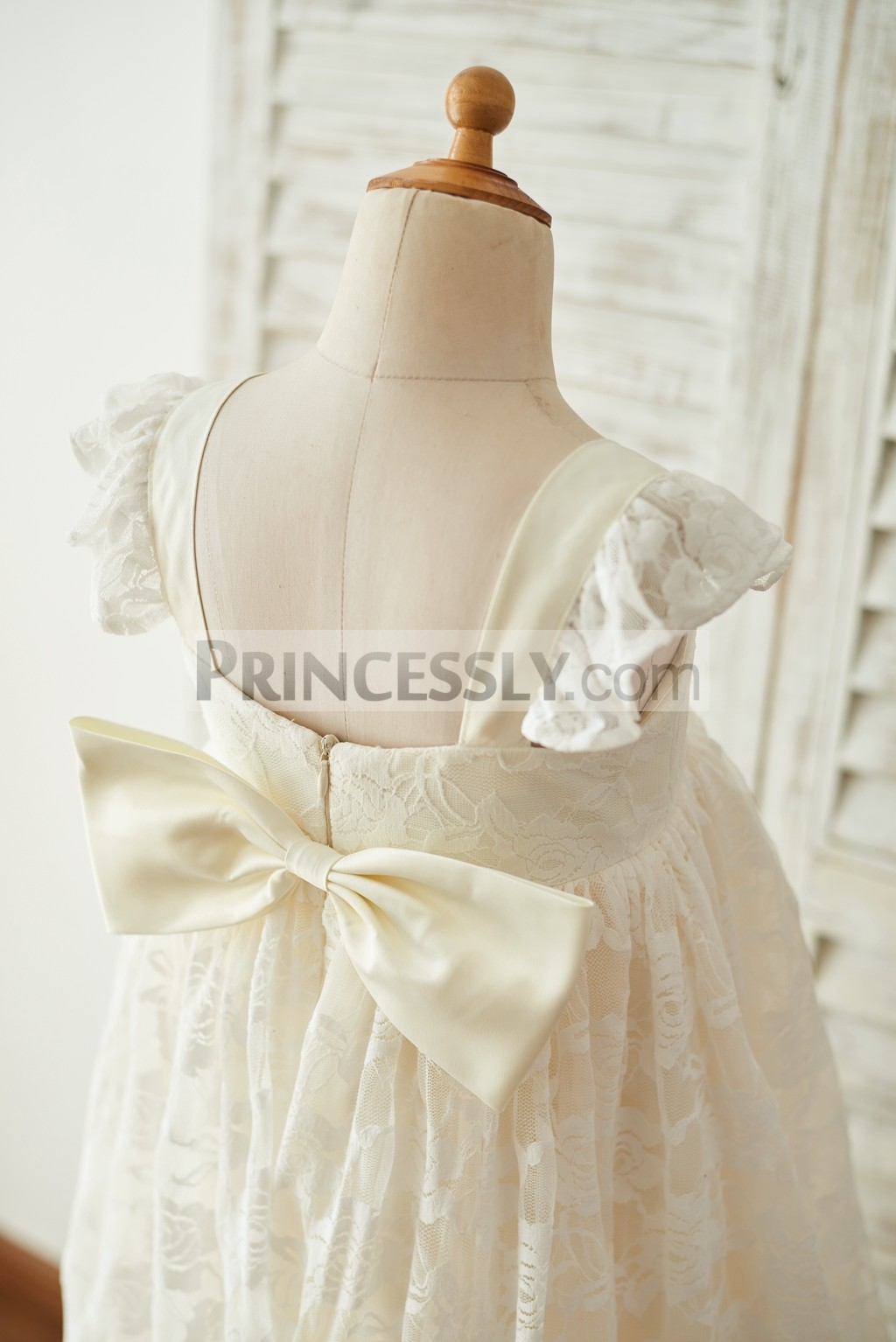 b7c993b40c8 Babe Champagne Lace Cap Sleeves Backless Wedding Toddler Girl Dress ...
